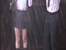 雨で下着の透けた制服JKにムラムラしたおっさんがチ○ポ生挿入