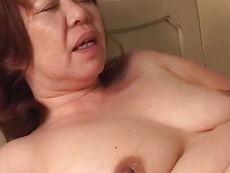 平川奈美 豊満垂れ巨乳の五十路熟女母が息子の童貞筆おろし!近親相姦ファックで肉欲愛!平川奈美